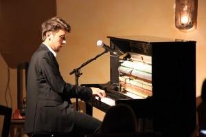Boogie-Woogie-, Blues- und Jazz Klavierabend mit  Luca Sestak