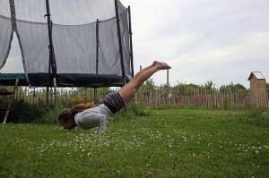 Mika, beim Bodengartenturnen